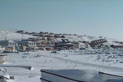 nunavut weather in summer and winter